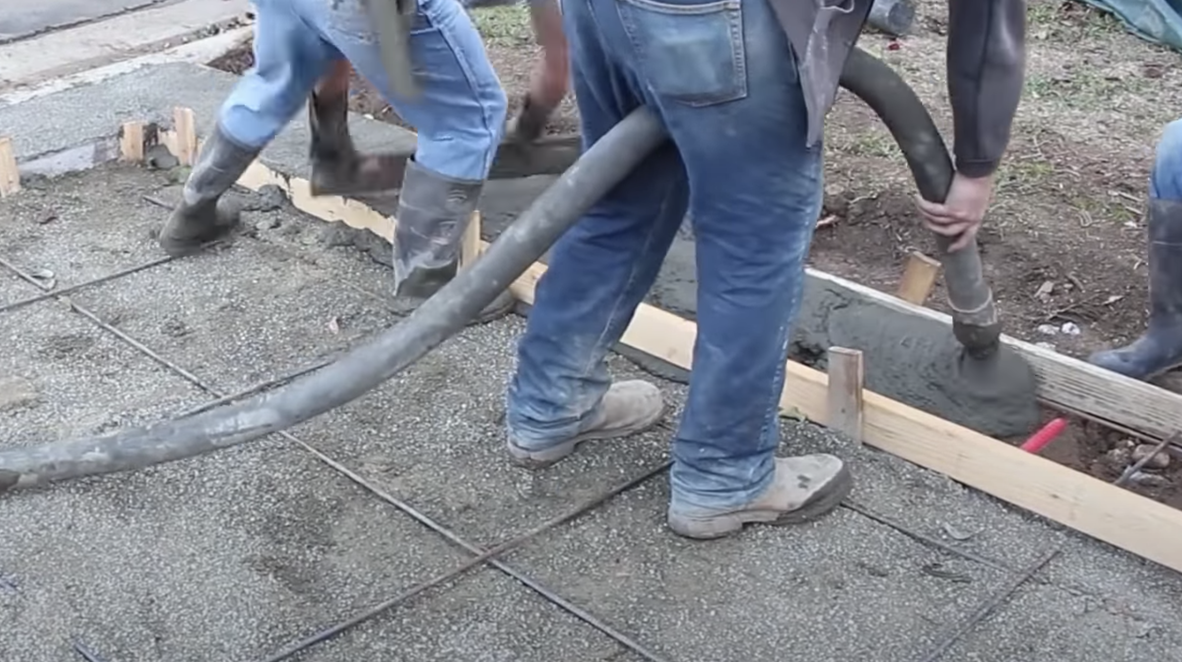 this image shows sacramento concrete pumping contractors at work